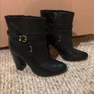 Ava & Aiden Black Booties Size 8 1/2